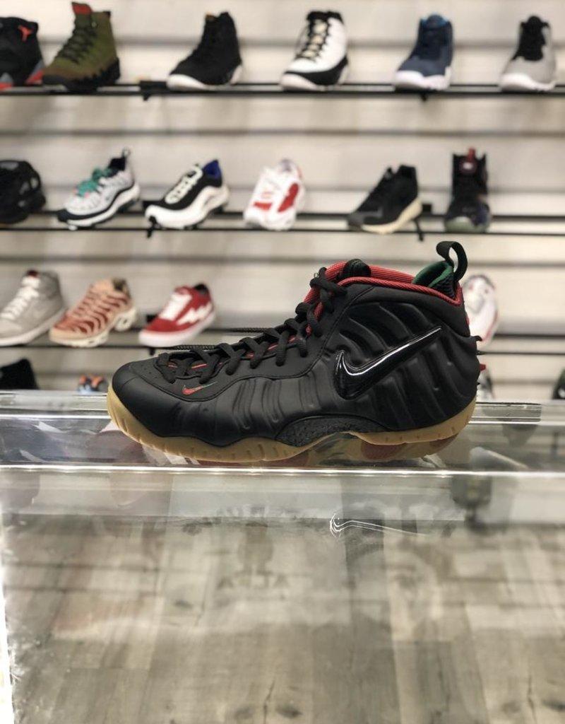 Sneakers NIKE FOAMPOSITE PRO BLACK GUCCI