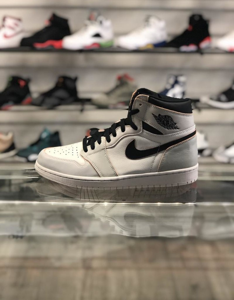 chaussures de sport 6e5cd 27536 AIR JORDAN 1 SB NYC TO PARIS