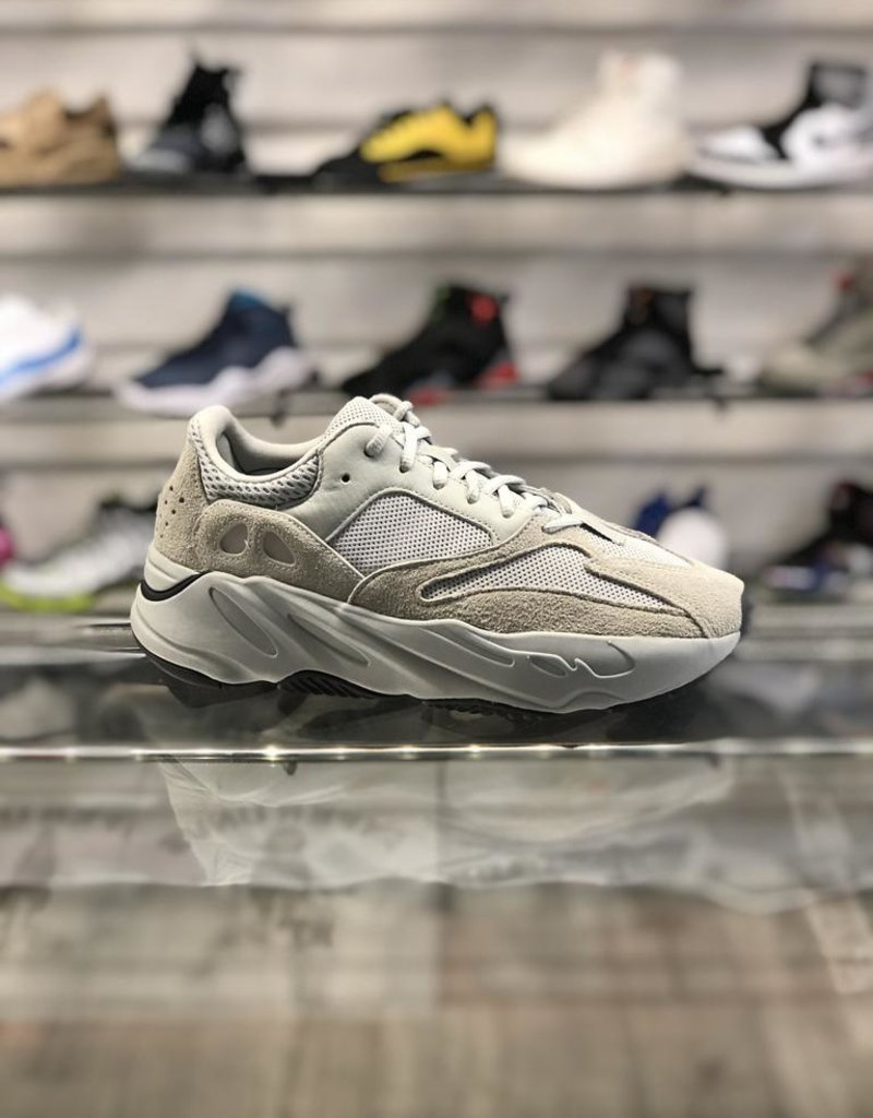 innovative design 6bab7 2affc KANYE WEST ADIDAS YEEZY 700 BOOST SALT