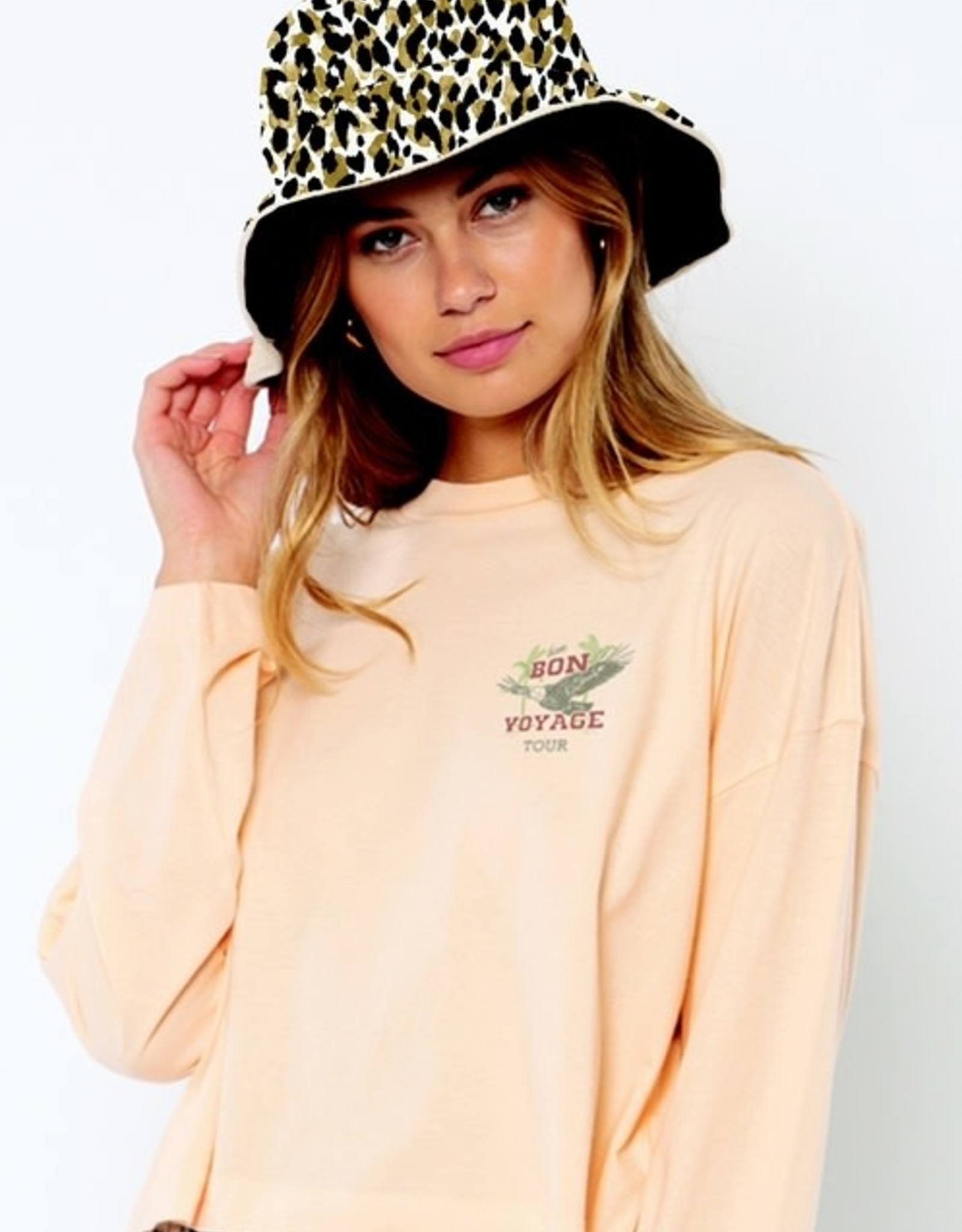 AMUSE SOCIETY Spotted You Bucket Hat