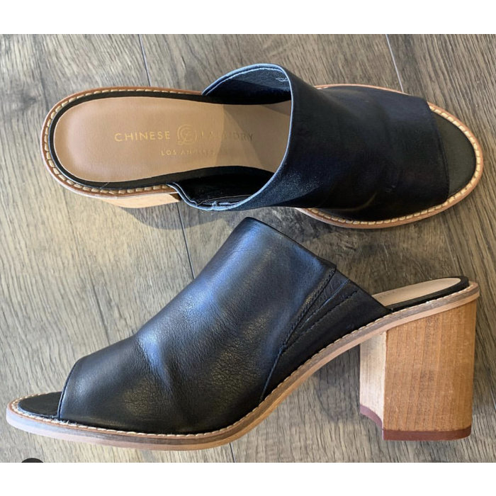 Carlin Leather Mule