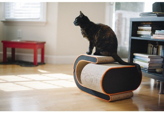P.L.A.Y. PLAY-Cat Scratcher The Arty