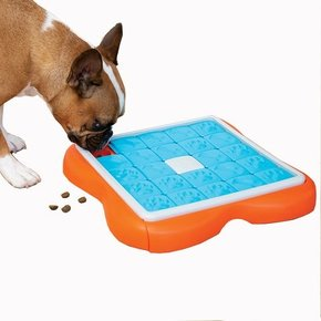 Nina Ottosson - Dog Challenge Slider Puzzle Toy Advanced