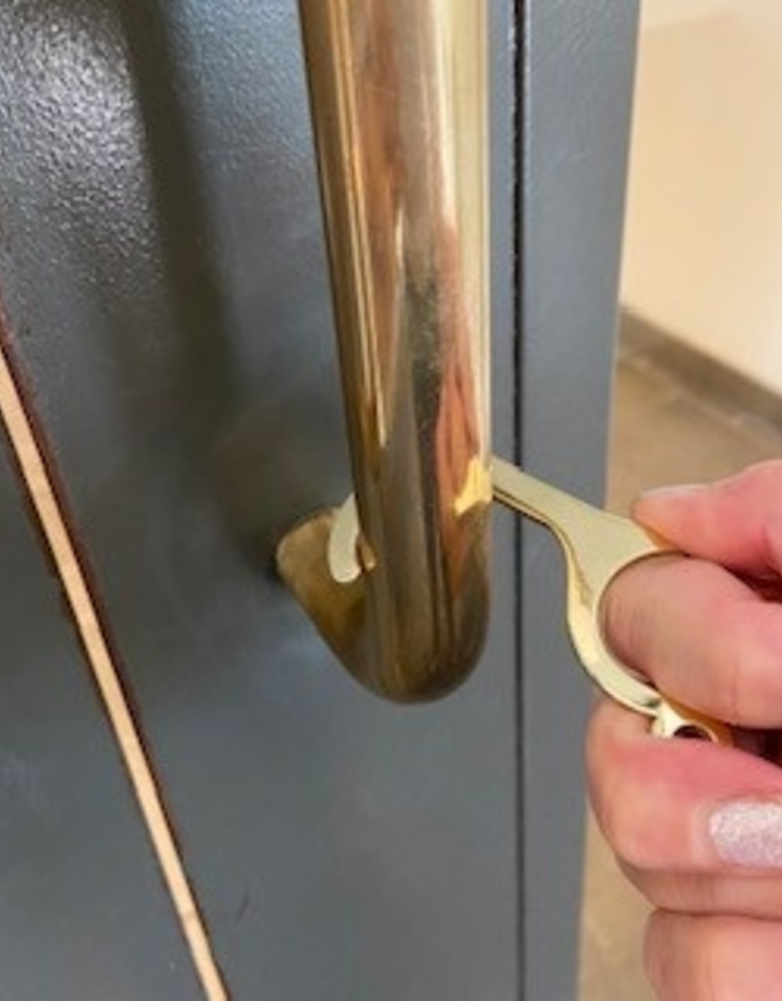 CC Touchless Door Key