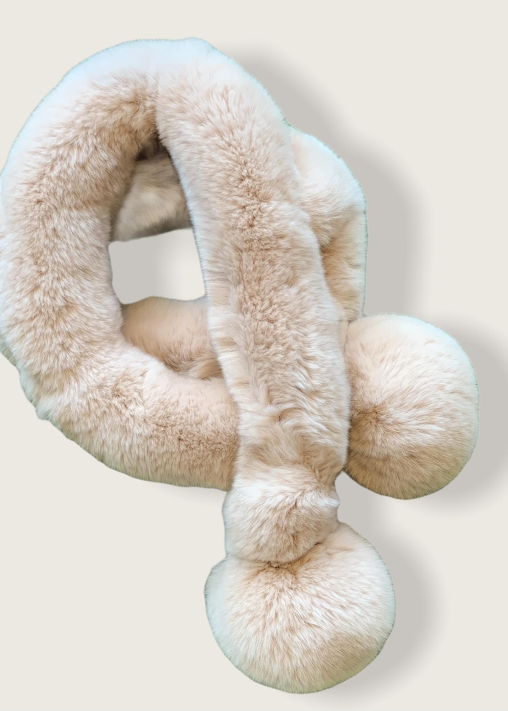 Igloo fur scarf