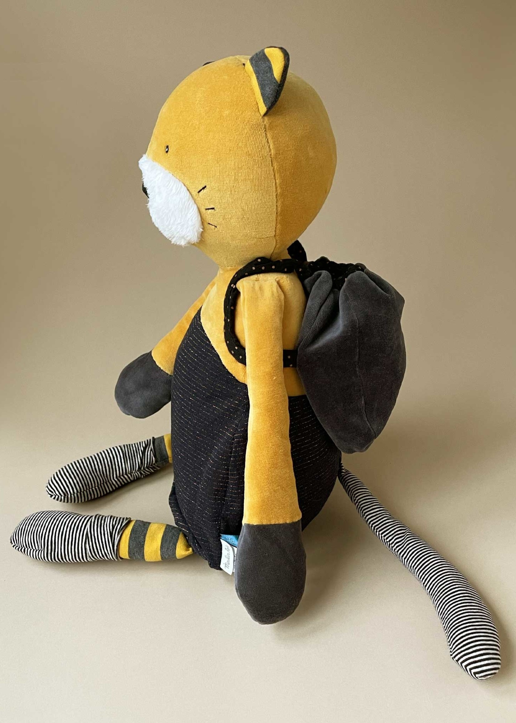 Mideer Moustaches - Giant Lulu Cat Soft Toy (59cm)       Code: 666023