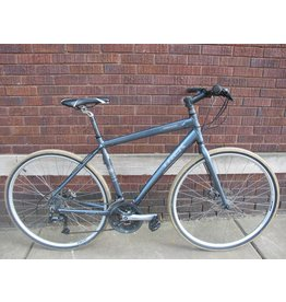 "TREK used Trek Valencia Hybrid Bike Silver 20"" Disc Brakes"