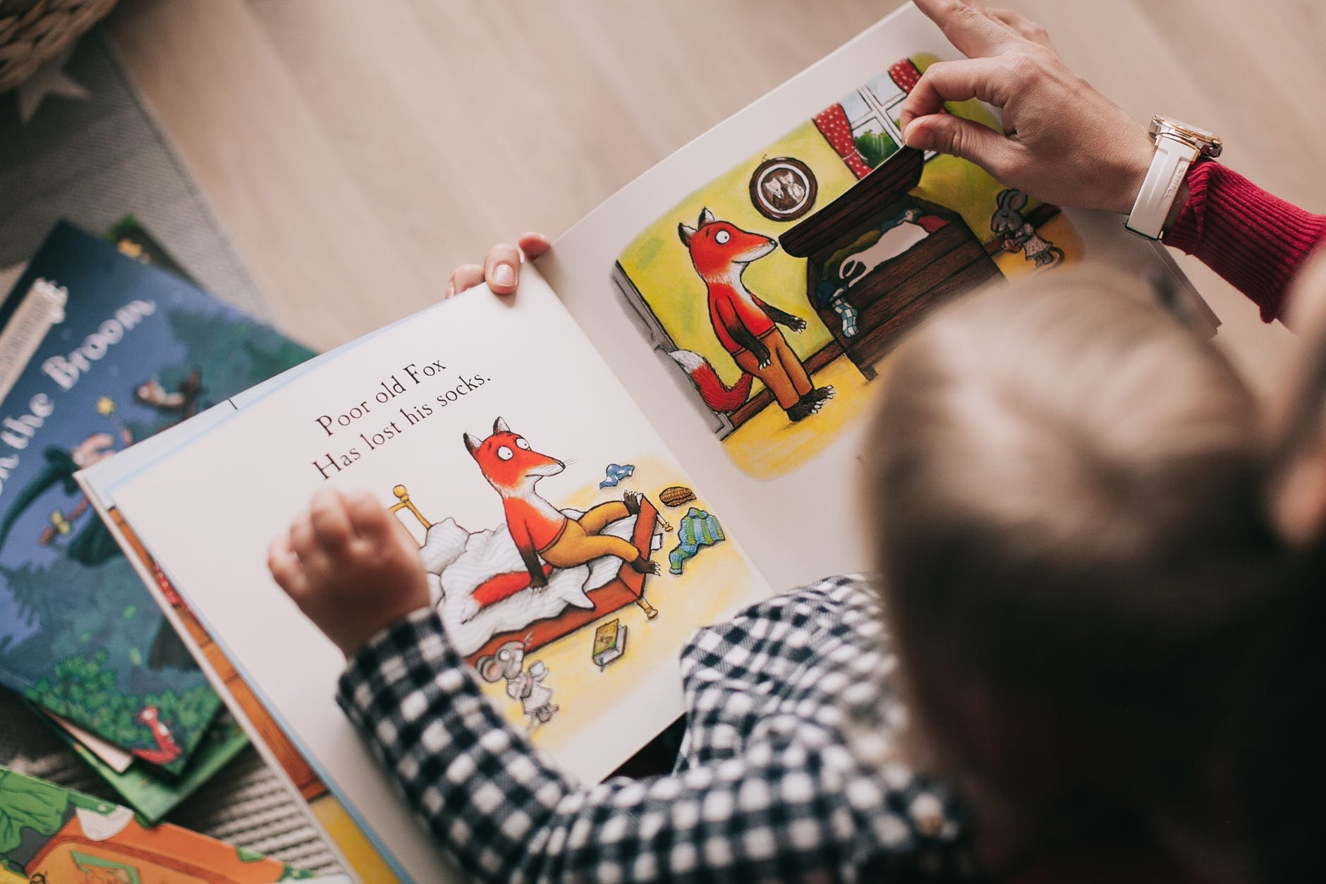 The Psychology of Bedtime Reading with Children