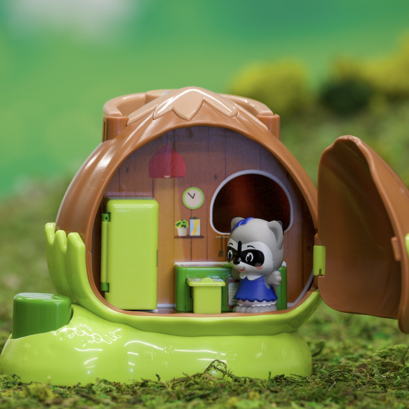 Fat Brain Toy Co Timber Tots Hazelnut House