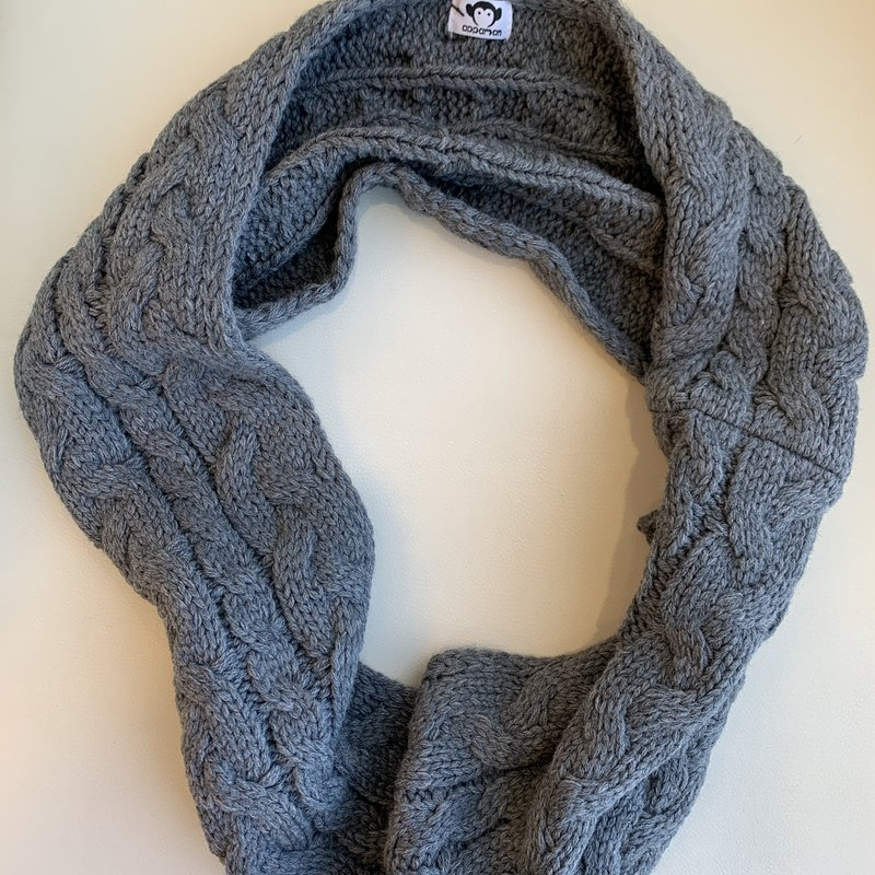 Appaman Grey Cable Knit Infinity Scarf