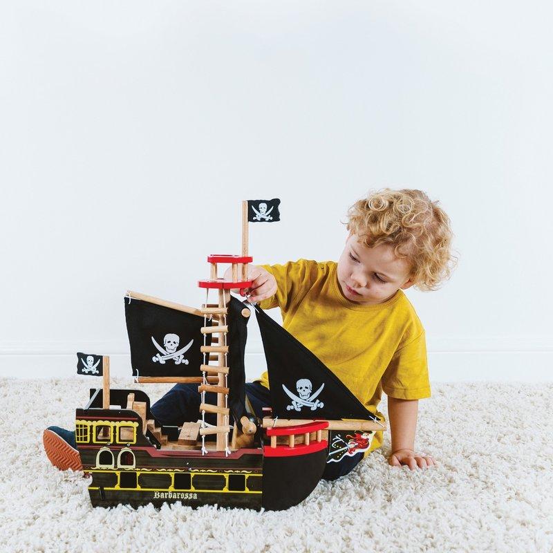 Le Toy Van Barbarossa Pirate Ship