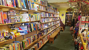 TreeHouse Books is Open!