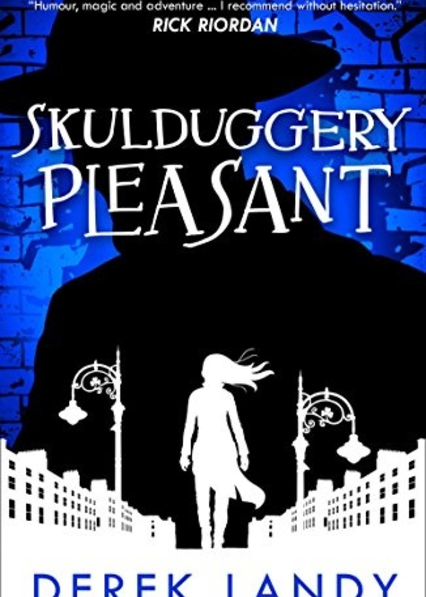 Skulduggery Pleasant  #01 - Paperback