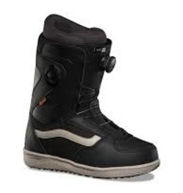 Vans 2020 Vans Aura Pro Boots - Black/Cash