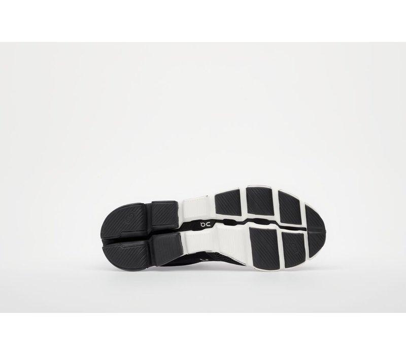 Cloudflyer - Black & White