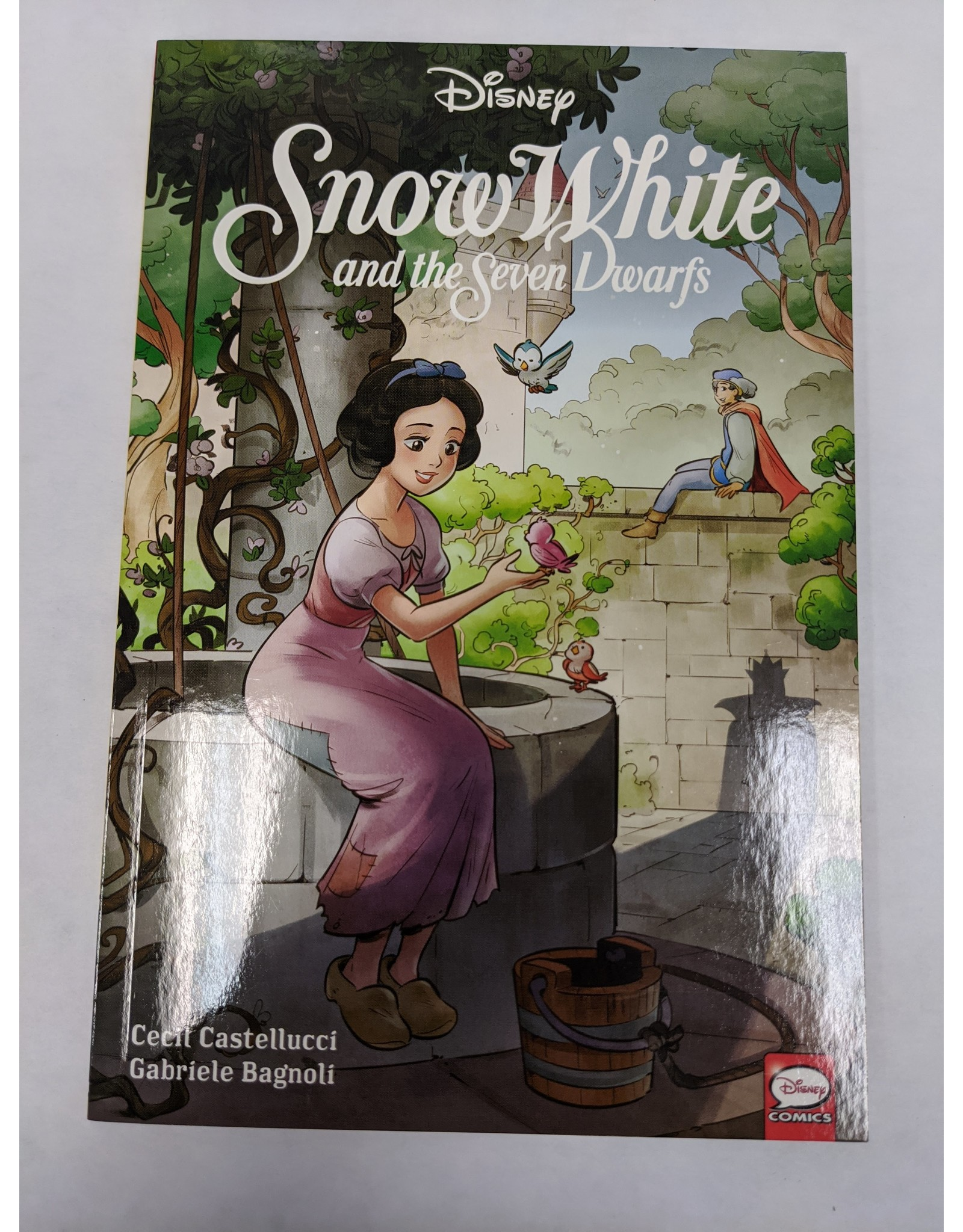 DARK HORSE COMICS DISNEY SNOW WHITE AND SEVEN DWARFS TP