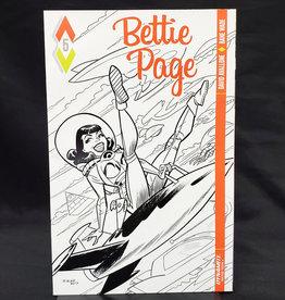 D. E. BETTIE PAGE #5 BONE B&W INCENTIVE VARIANT