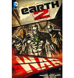 DC COMICS EARTH 2 TP VOL 03 BATTLE CRY