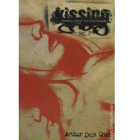 ONI PRESS INC. KISSING CHAOS VOL 2 NONSTOP BEAUTY TP