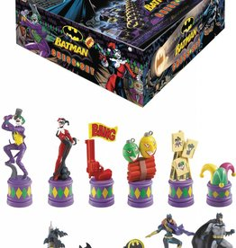 DC BATMAN DARK KNIGHT VS JOKER CHESS SET