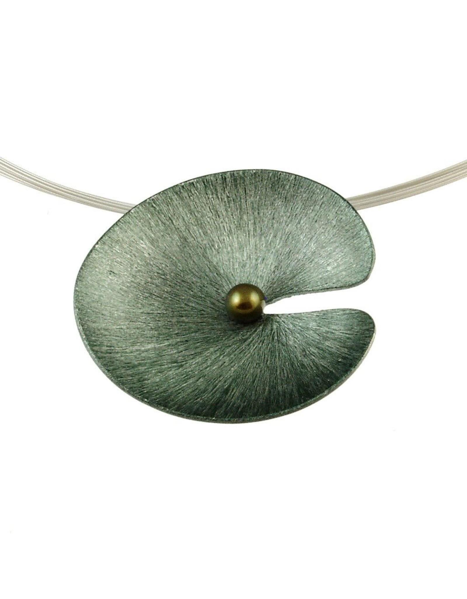 ORIGIN Flower w/Prl Pendant Necklace