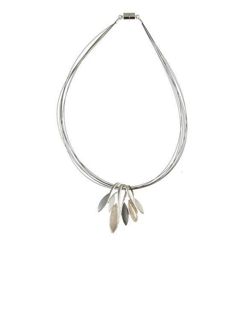 ORIGIN Metal and Shells Necklace
