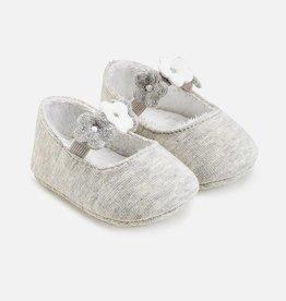 Chaussures avec fleurs pour bébé