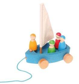 Grand Yacht et 4 petits marins