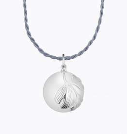 Ilado Ginkgo maternity necklace with chain
