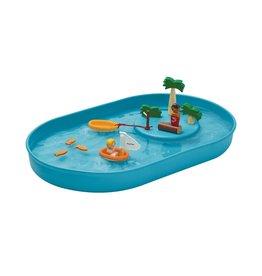 Plan d'eau avec île