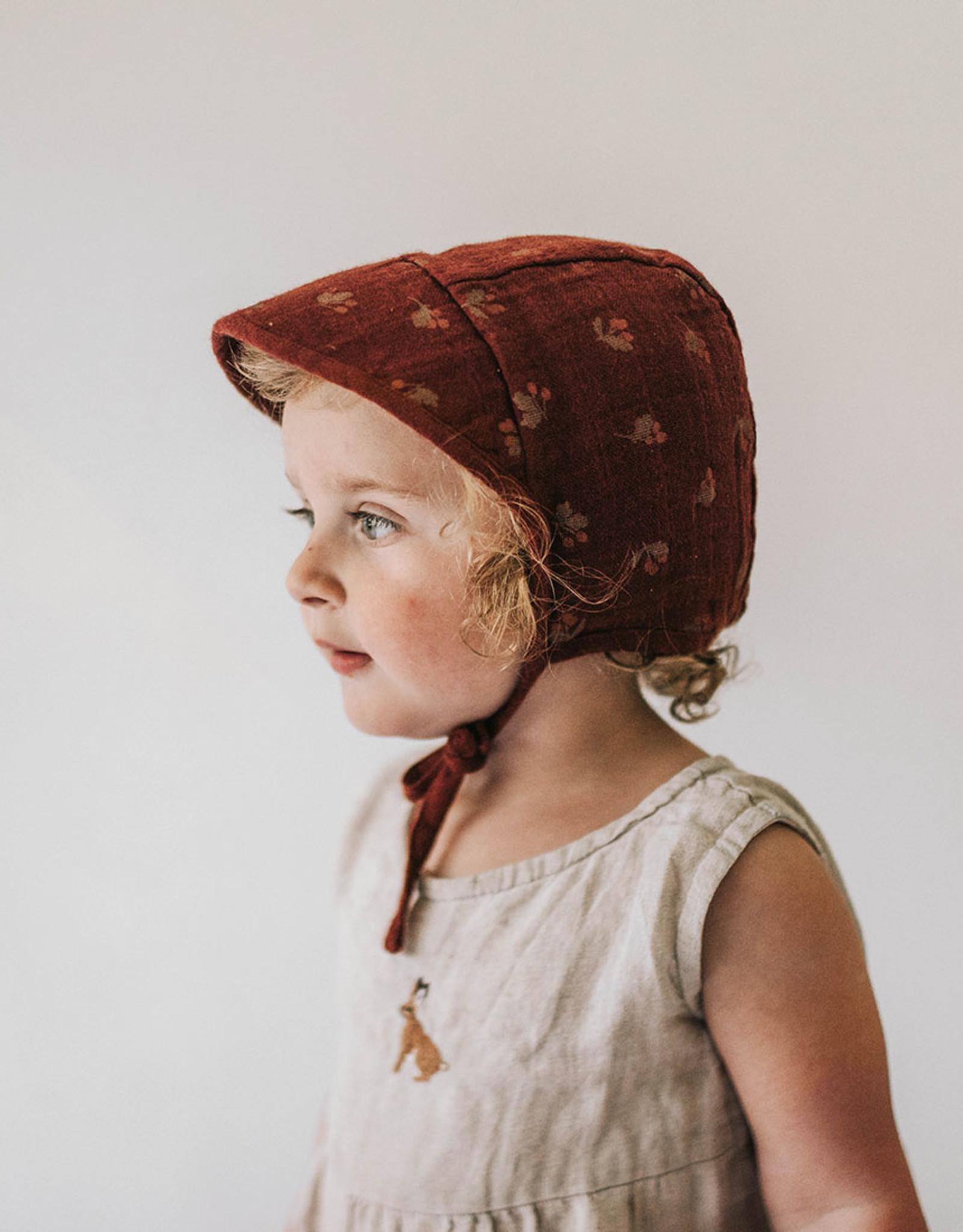 Main Sauvage  Bonnet à visière Aubépines