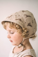 Main Sauvage Wide-brimmed bonnet, Rabbits