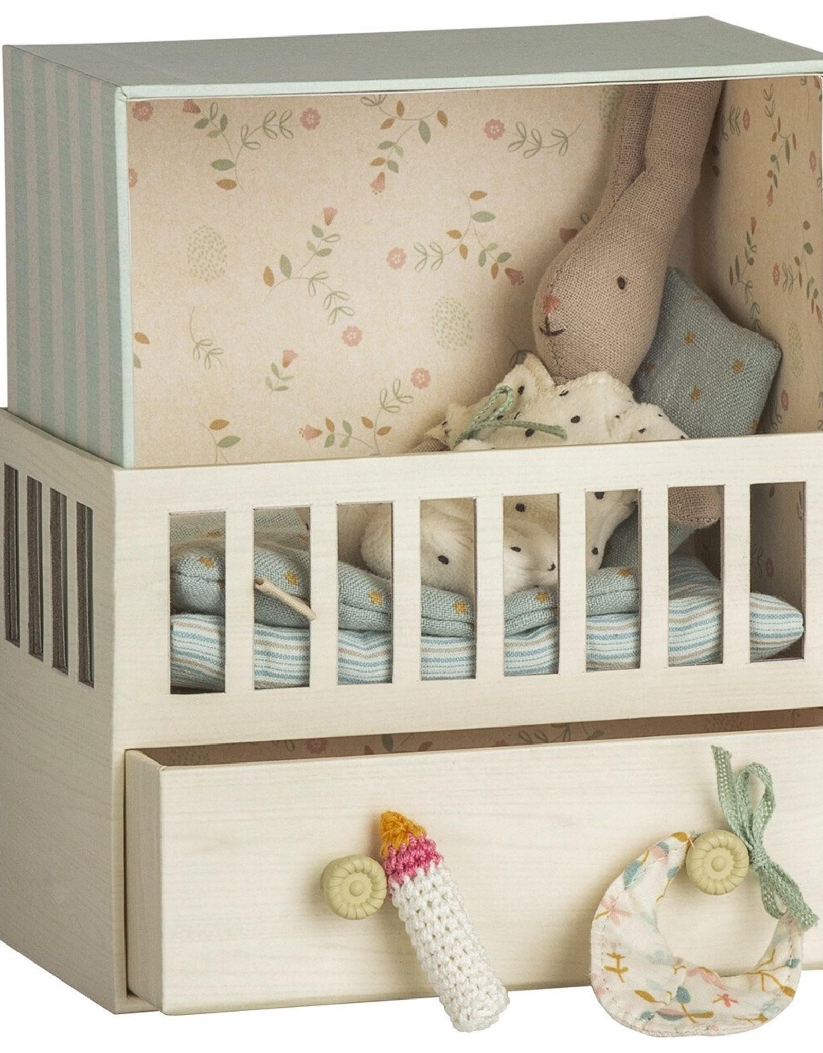 Maileg Boîte à musique Chambre de bébé avec petit lapin