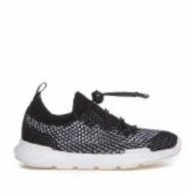 Akid Sutherland knit shoes