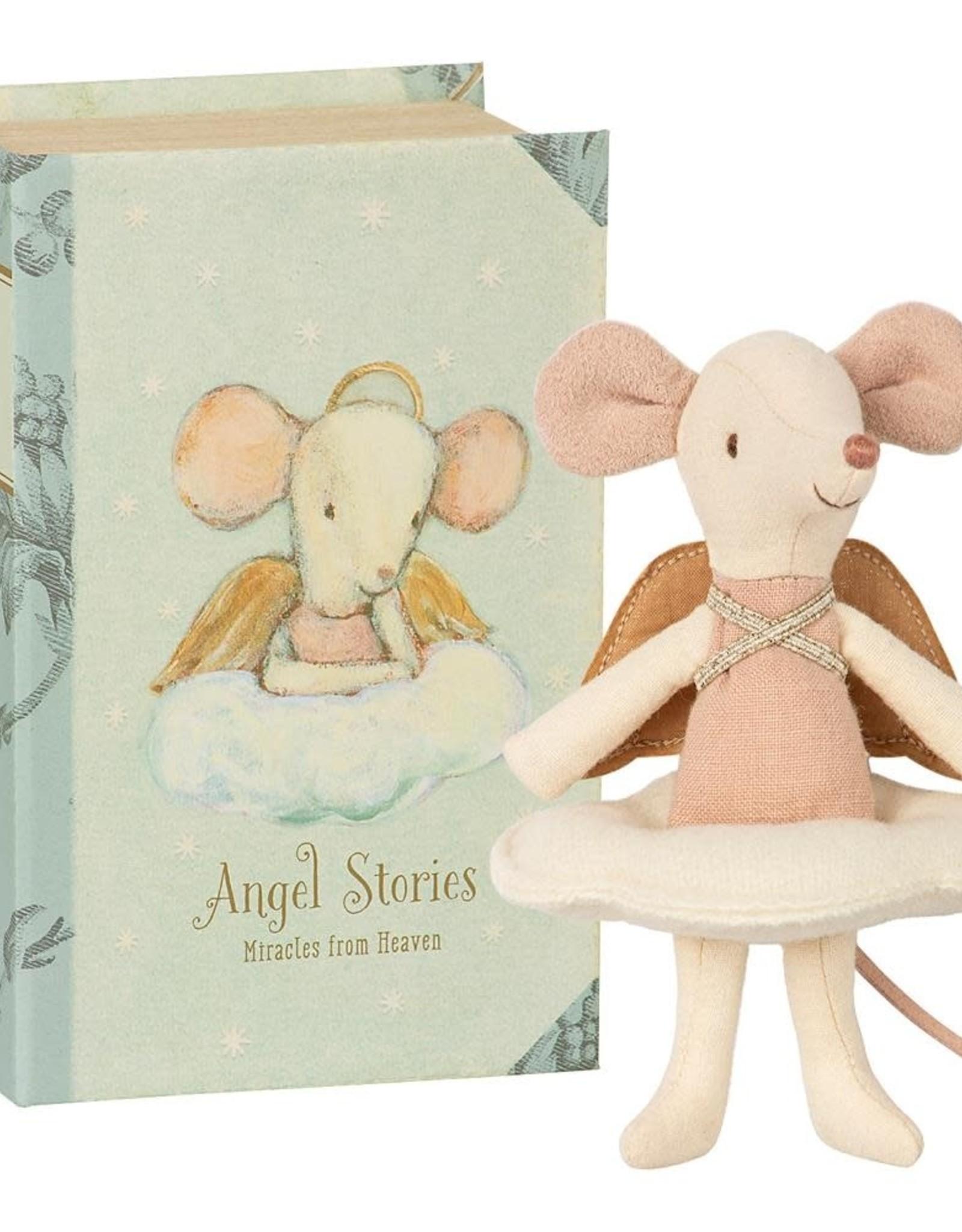 Maileg Histoires d'anges, Grande soeur dans le livre