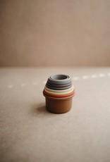 Mushie Jouet de tasses empilables