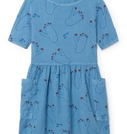 Pockets dress, footprint
