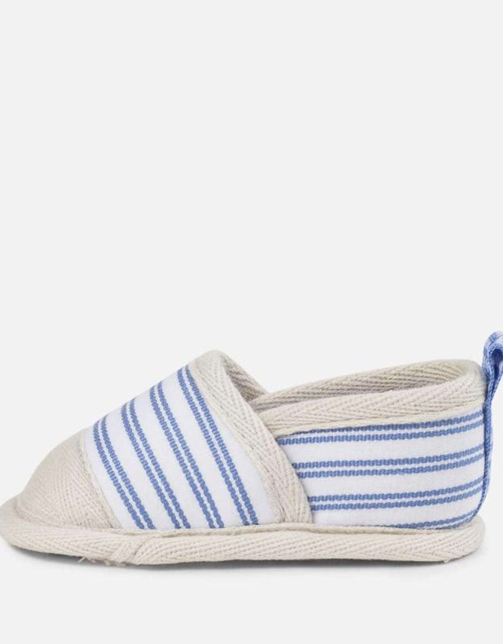 Baby's sneakers