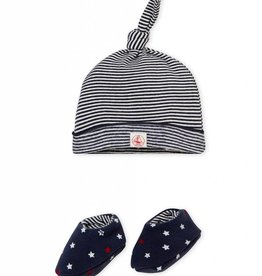 Beanie and slippers, with stripes and stars