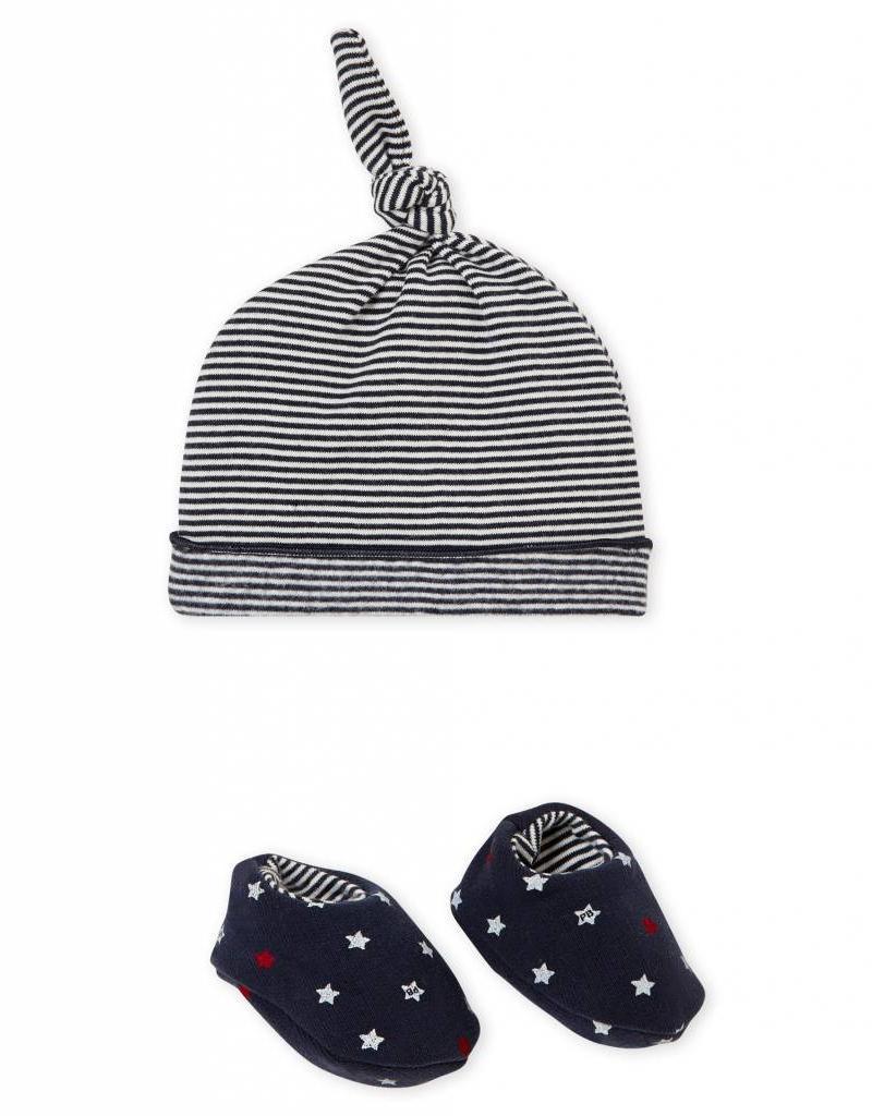 Bonnet et chaussons, à rayures et à étoiles