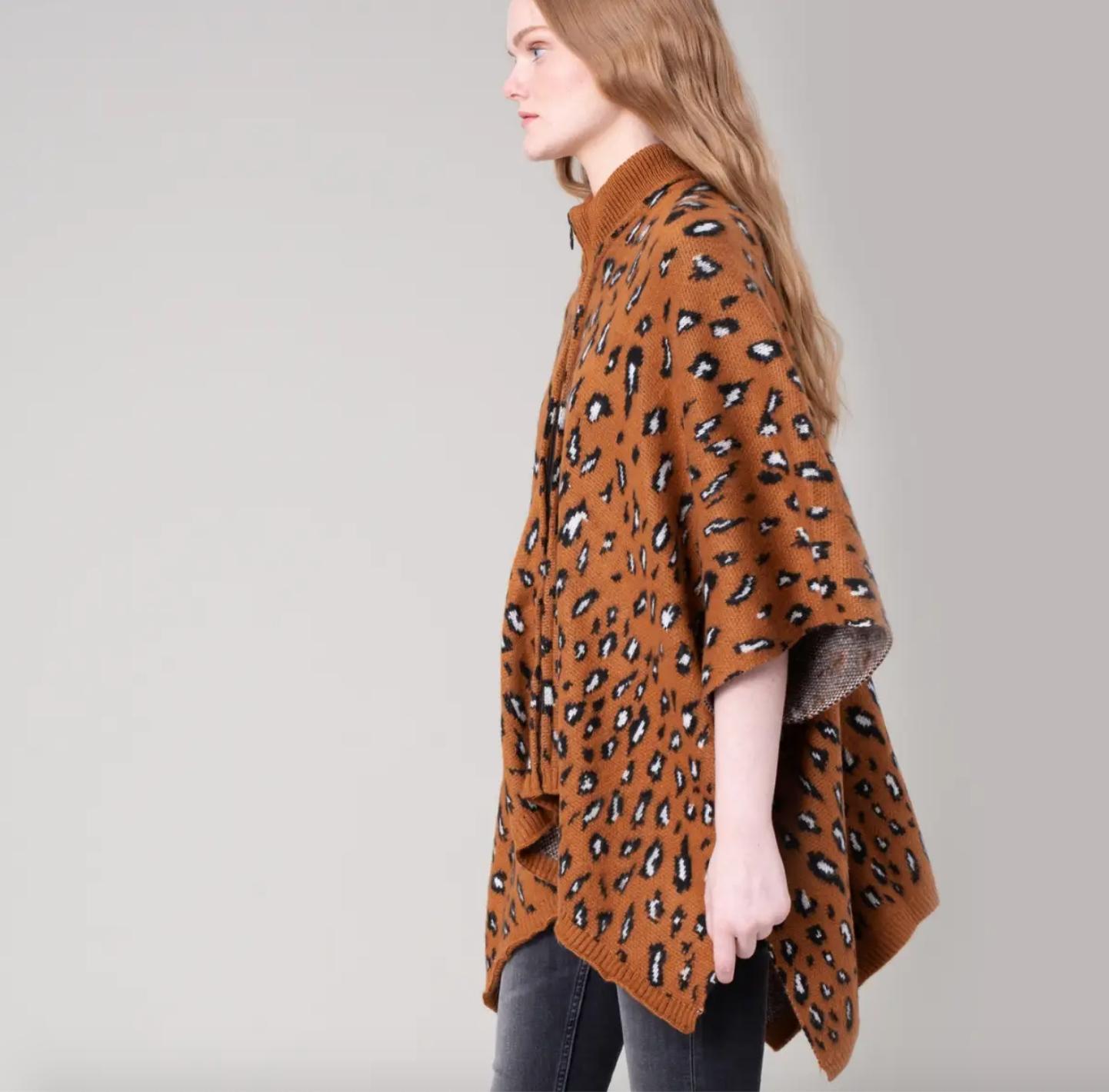 Avenue Zoe Leopard Poncho