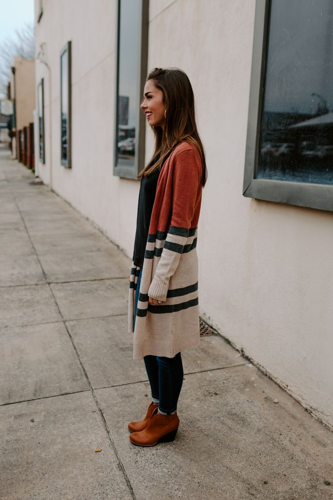Long Cardigan with Contrast Colors