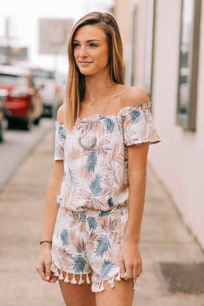 Karlie Tropical Leaf Short