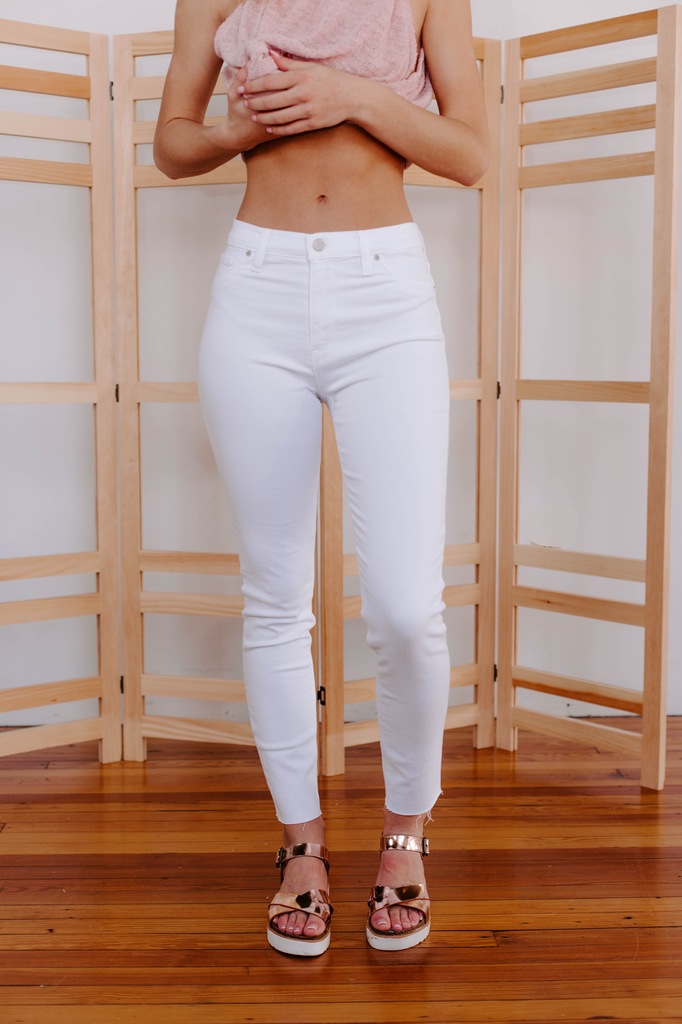 Hudson Barbara High Waist Super Skinny Ankle in White