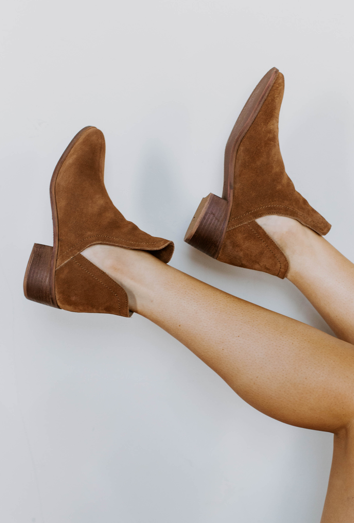 Pronto Cut-Out Bootie