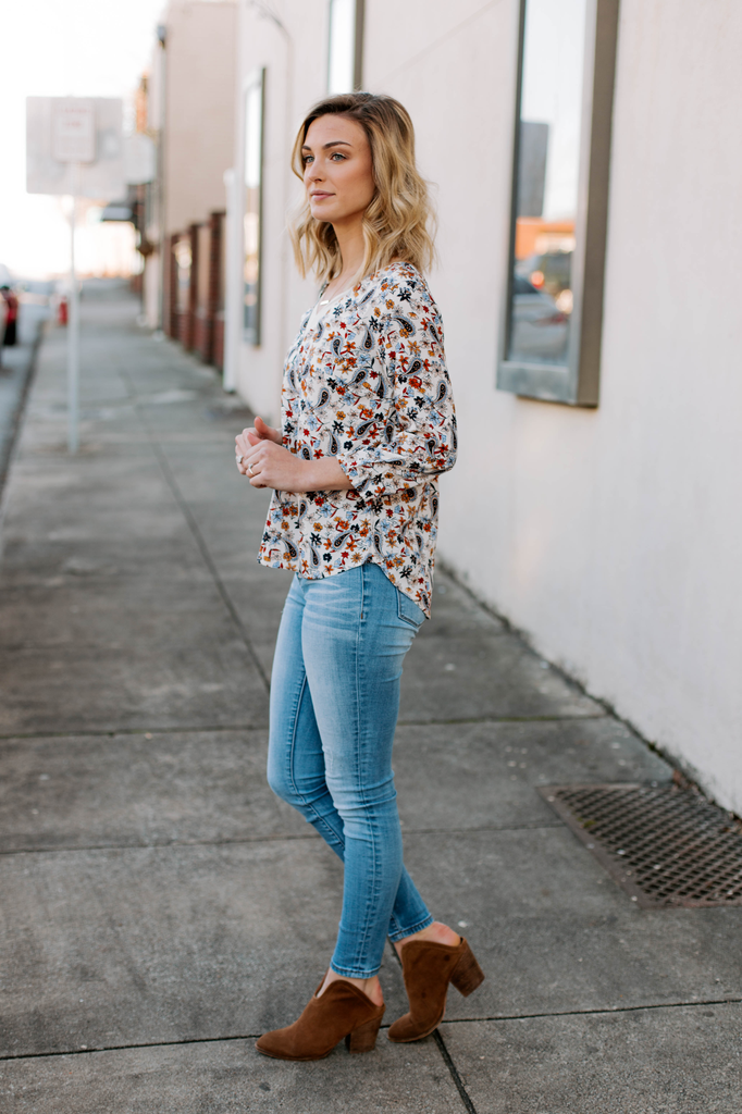 Skies Are Blue V-Neck Floral Printed Blouse