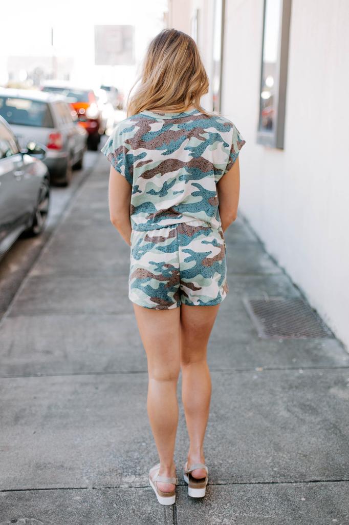 Ces Femme Camo Print Shorts Set