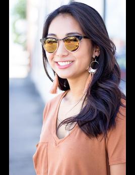 Wing Tip Circle Sunglasses