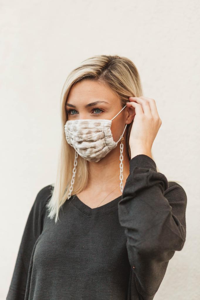 Liliana Matte Mask Chain Necklace