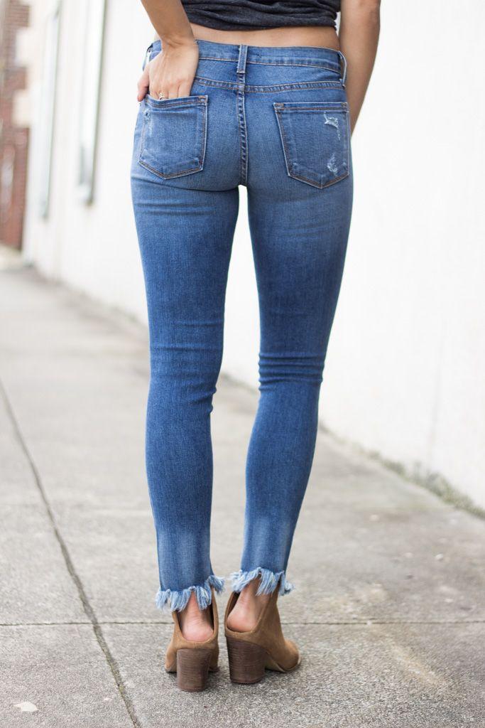Karlie Frayed Bottom Distressed Cropped Denim